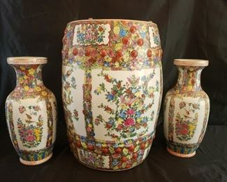 2 Asian ceramic vases and ceramic table base