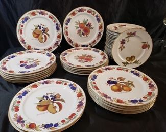 Evesham by Royal Worcester dinner and salad plates