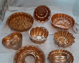 Set of 8 bronze aluminum molds