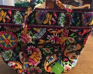 Vera Bradley Large bag (Never been used)