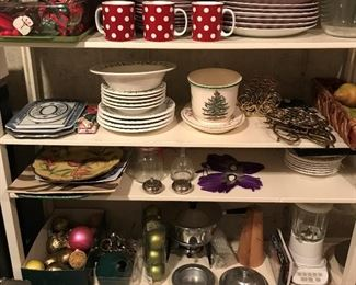 Kitchenware, dinnerware and home décor galore.