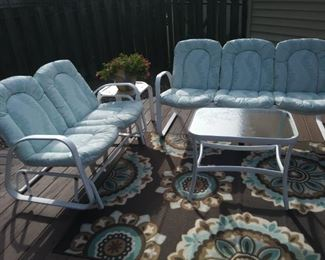 like new deck Furniture with matching rug