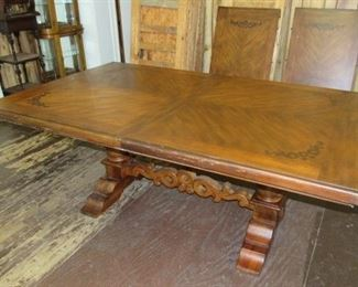 Banquet Table w/2 Leaves