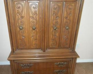 "Wood dresser/wardrobe - 58""tall x 39"" wide https://ctbids.com/#!/description/share/209076"
