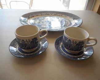 Platter & 2 cup & saucers - made in England https://ctbids.com/#!/description/share/209294