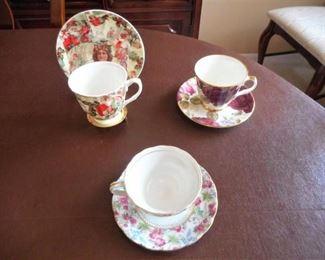 3 sets of tea cups & 1 stand - Stechcol & Dutches https://ctbids.com/#!/description/share/209354