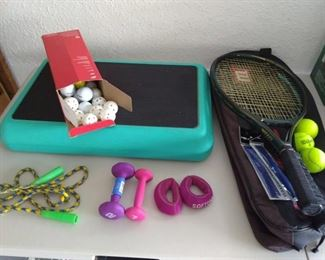 Lot of 12 pc sports items - golf, tennis, exercise https://ctbids.com/#!/description/share/210136