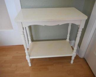 "vintage wood 2 shelf table, 22.5"" tall   https://ctbids.com/#!/description/share/210496"