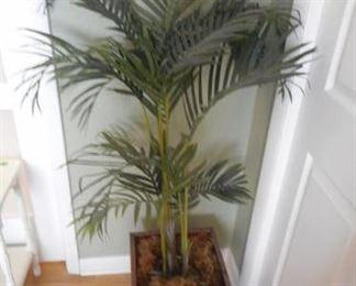 "nice faux fern in copper pot, 54"" tall https://ctbids.com/#!/description/share/210498"
