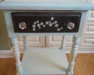 "cute painted wood table, 27"" tall x 18 wide x 14 deep https://ctbids.com/#!/description/share/210647"