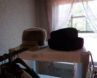 vintage hats & purses
