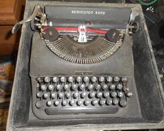 Remington Rand typwriter