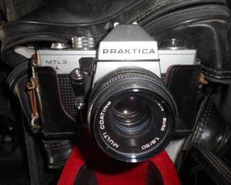 Praktica  MTL3 film camera
