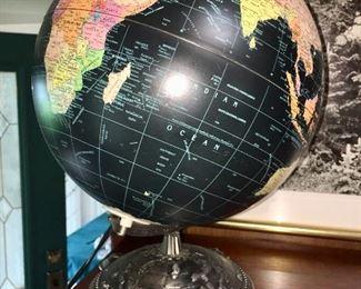 metal bottom globe