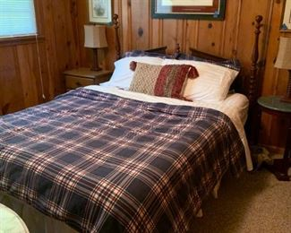 #1		queen wood head board w 2 post 	 $100.00