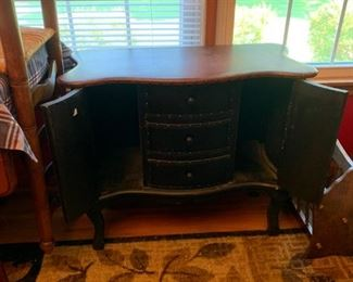 #4		black and leather top  bombay chest w 3 drawers and 2 doors 31x14x26	 $175.00
