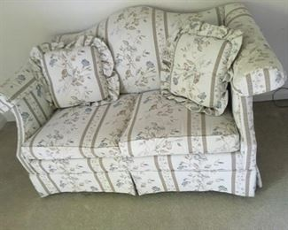 Set of 2 Love Seat Couches