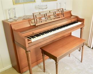 CABLE-NELSON Upright Piano