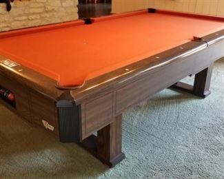 Fischer Questor pool table - felt is in good condition - looks great!