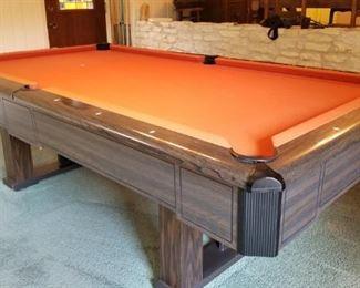 Pool table - Fischer Questor