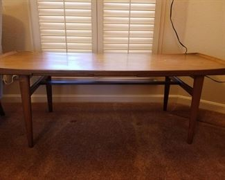 Coffee table -MCM styling - with pullout trays