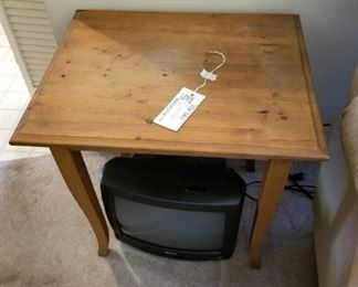 #18as is pine end table w 4 legs 18x22x22 $30.00