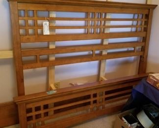 #20mid centry style queen bed frame maple wood  $175.00