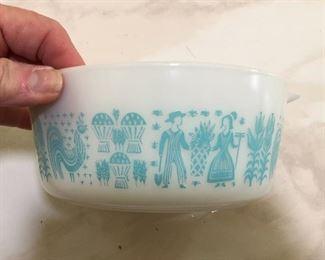 Vintage Pyrex Amish Butterprint Turquoise Mixing Bowl