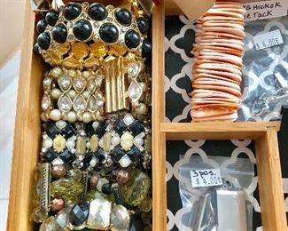 Women's and Men's Jewelry - Incl. Vintage Hickok Tie Tack