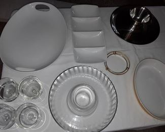 How many entertaining platters and white ceramics