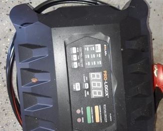 Pro-Logix Battery Charger