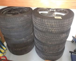 VW GTI snow tires and Honda Civic snow tires very good condition