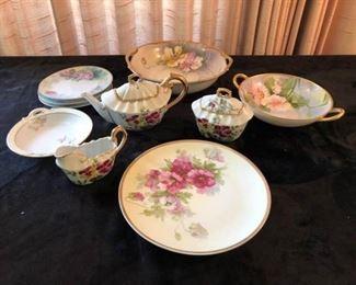 Vintage Hand-Painted Dishes https://ctbids.com/#!/description/share/208400