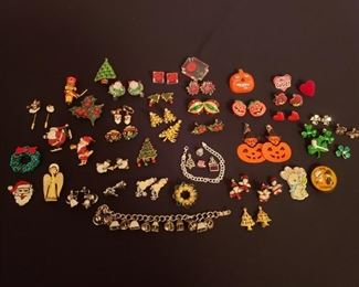 Holiday Jewelry https://ctbids.com/#!/description/share/208406