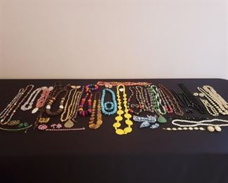 A Colorful Mix of Jewelry https://ctbids.com/#!/description/share/208411