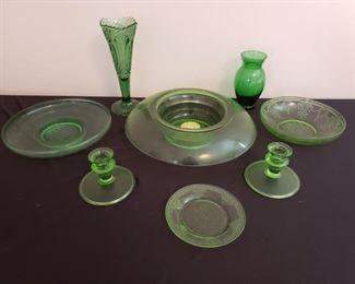 Vintage Green Glass Lot https://ctbids.com/#!/description/share/210635