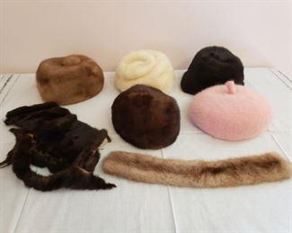 Vintage Fur Hats https://ctbids.com/#!/description/share/210653
