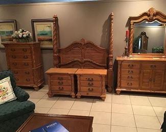 Super looking pine queen bedroom suite