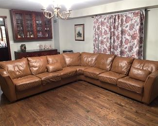 Leather camel color sectional 150$