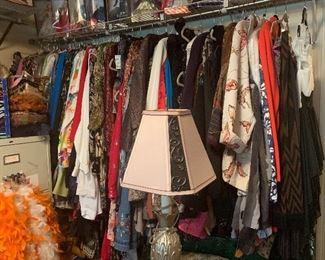 Costume bedroom