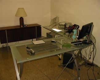 glass / metal desk (several sets) and a wooden cradenza