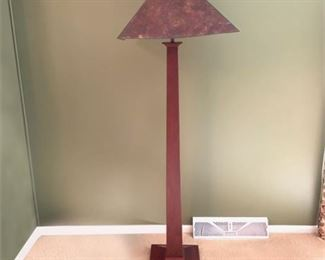 Lot 009  Stickley Cherry & Mica Shade Floor Lamp