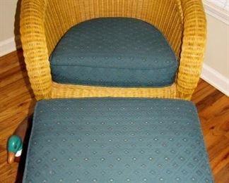 Wicker Chair /Ottoman