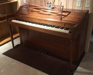 Piano in very nice condition