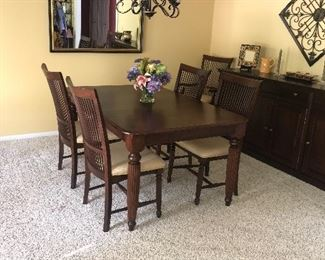 """SOLID WOOD MCLAUGHLIN FURNITURE TABLE AND CHAIRS  COMES WITH 3 LEAVES 64.5"""" L x 42"""" W x 30"""" H"""