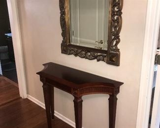 HALLWAY TABLE AND ORNATE GOLDEN MIRROR