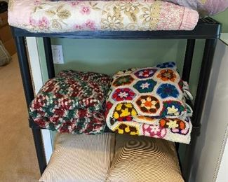 BEDDING AND LINENS