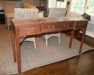 Vintage Sherrill  Occassional   Table