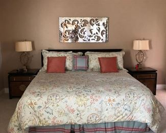 King Size Select Comfort Mattress.