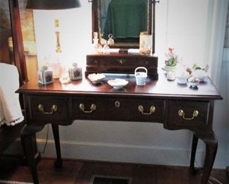 Henkel Harris Dressing Table / Desk